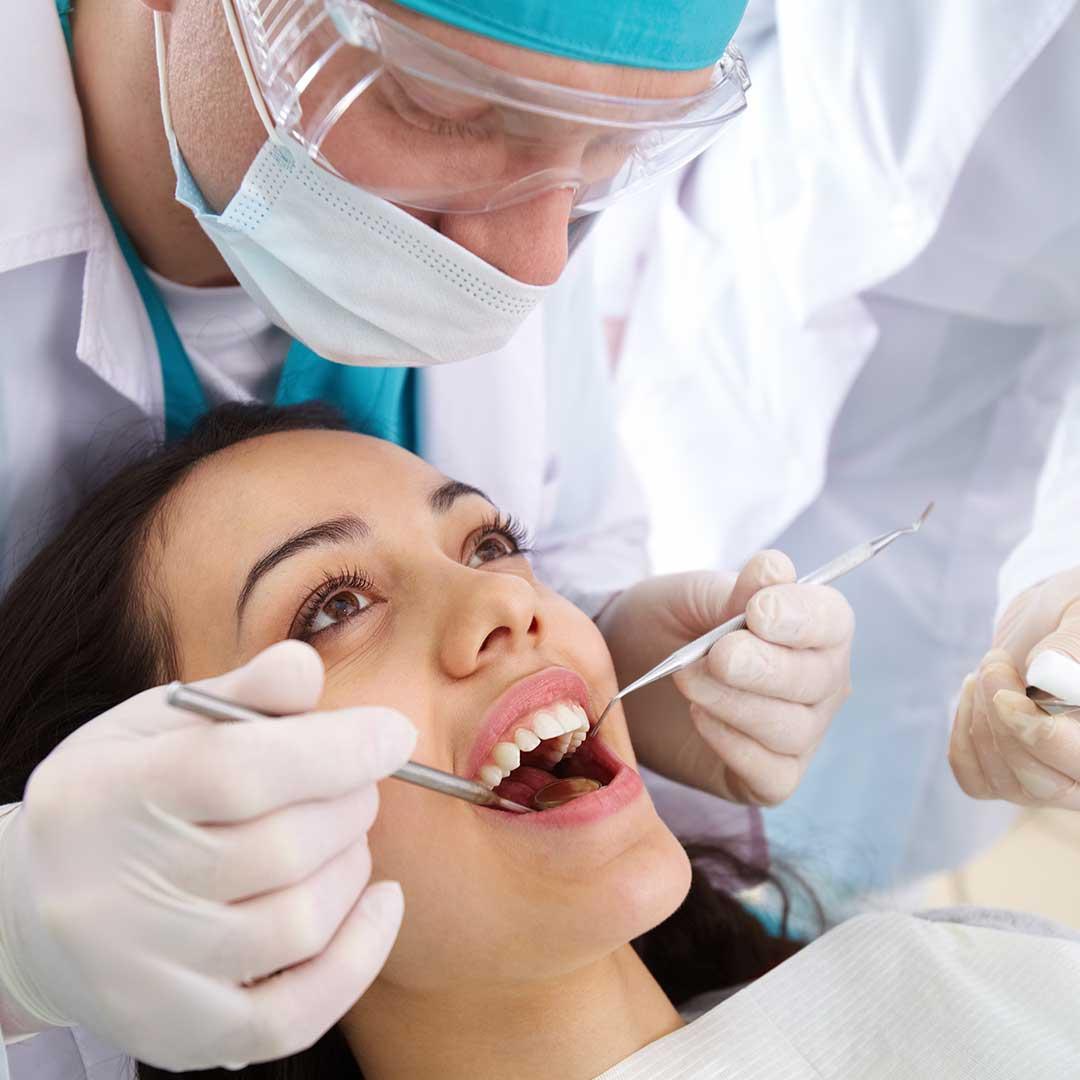 kontrolluntersuchung-zahnarzt